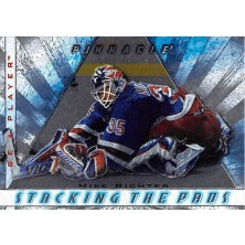 Richter Mike - 1997-98 Be A Player Stacking the Pads No.10